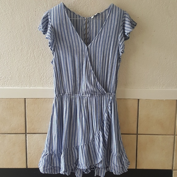 85e9af3b8a28 American Eagle Outfitters Pants - American Eagle outfitters striped romper  size lg